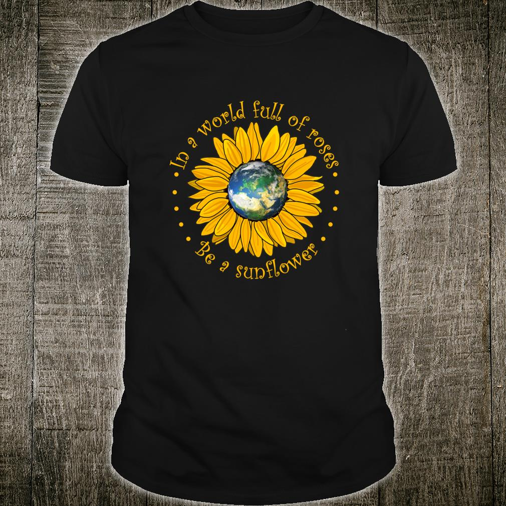 In A World Where You Can Be Anything Be Kind Flower Children Shirt (2)