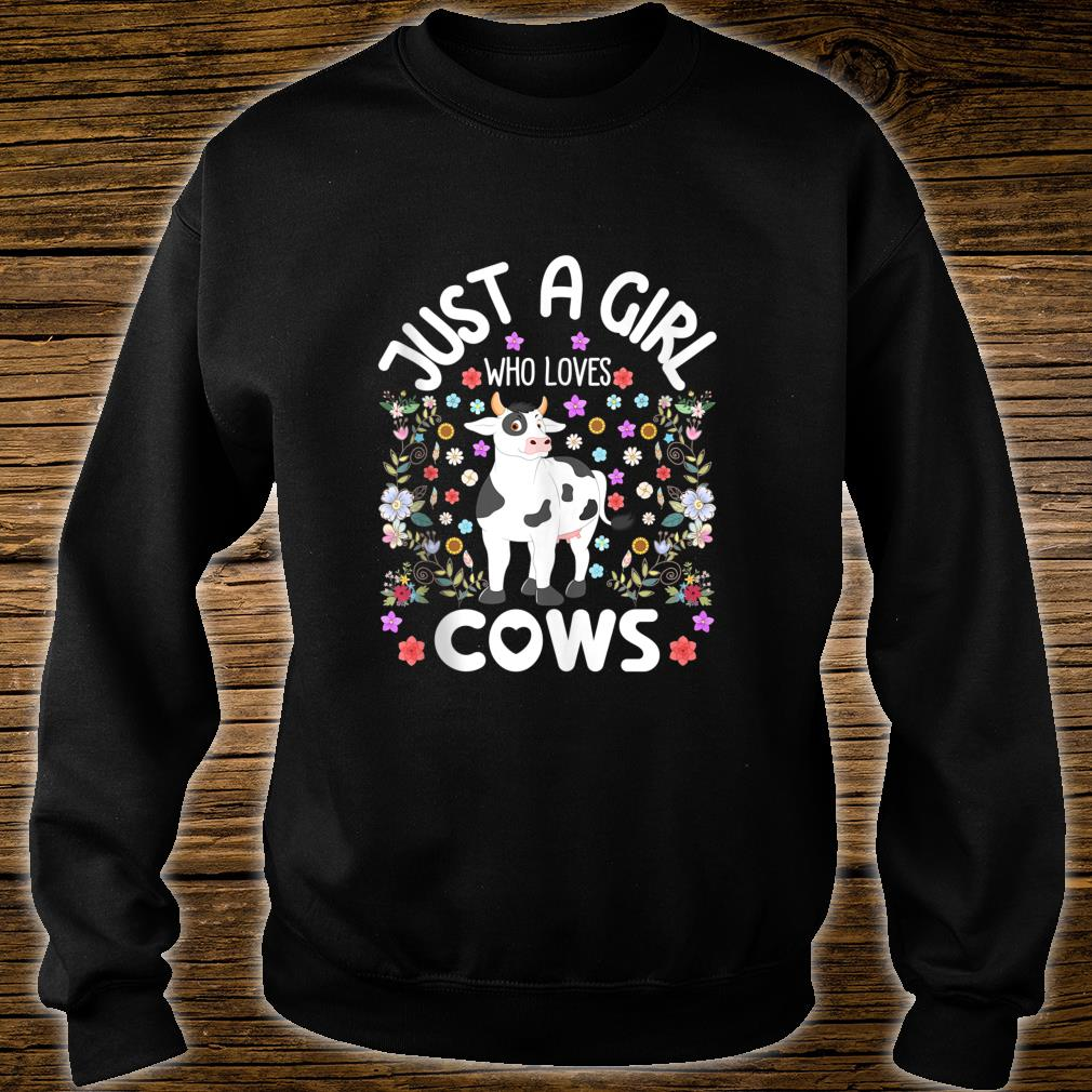 Just a Girl Who Loves Cows Cute Watercolor Boho Floral Shirt sweater